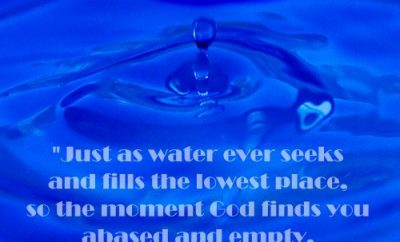 Andrew Murray Quote - God's Glory Flows - close up on splash of water